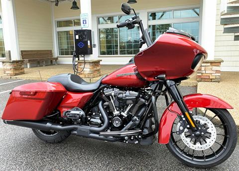 2018 Harley-Davidson Road Glide® Special in Wilmington, North Carolina - Photo 2