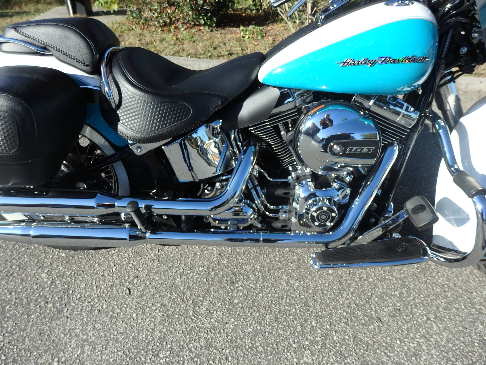 2017 Harley-Davidson Softail® Deluxe in Wilmington, North Carolina - Photo 8