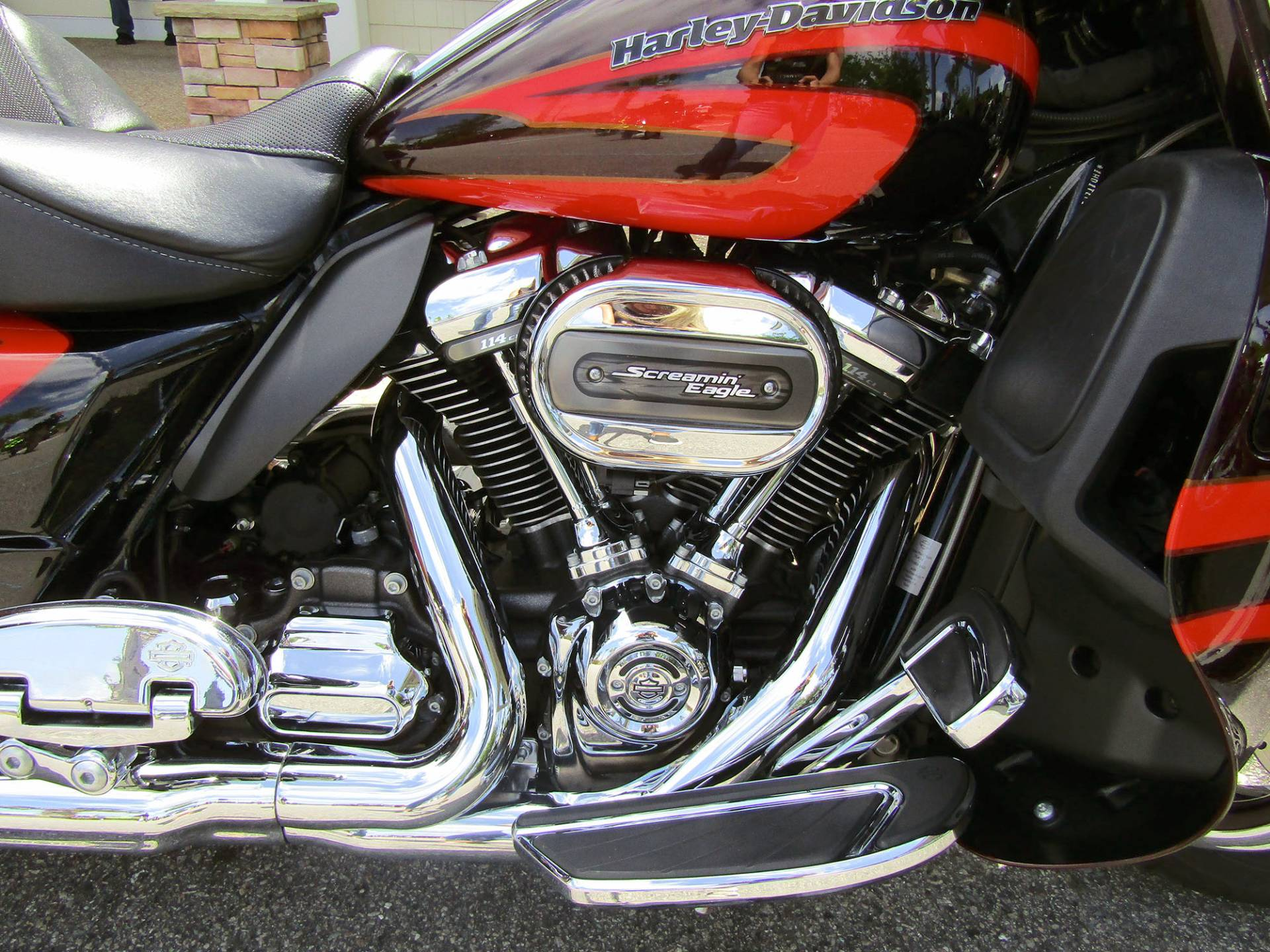 2017 Harley-Davidson CVO™ Limited® in Wilmington, North Carolina - Photo 7