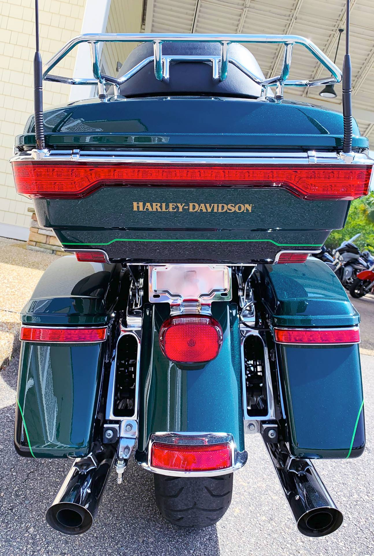 2015 Harley-Davidson Electra Glide® Ultra Limited® in Wilmington, North Carolina - Photo 4