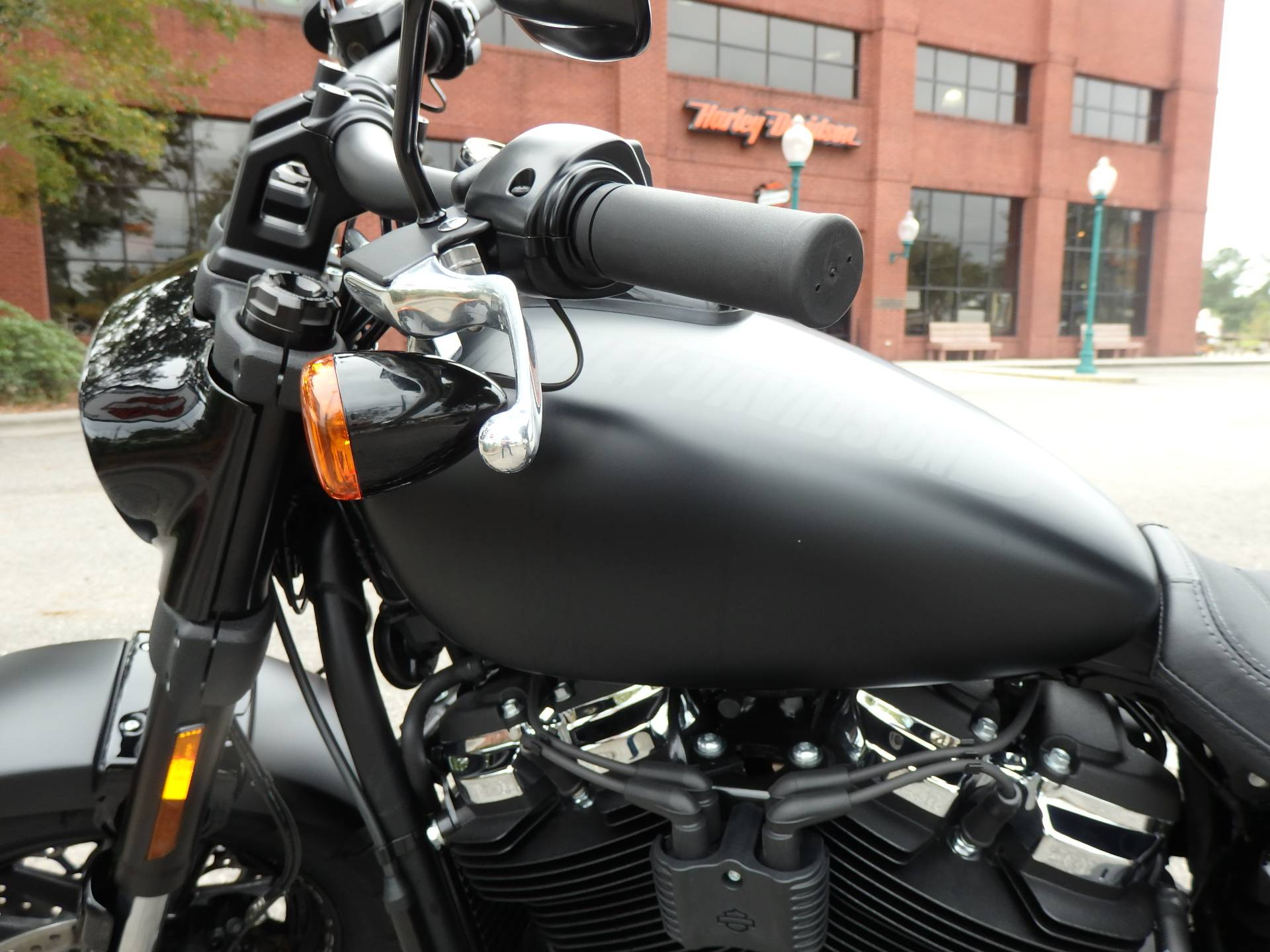 2018 Harley-Davidson Fat Bob® 114 in Wilmington, North Carolina - Photo 10
