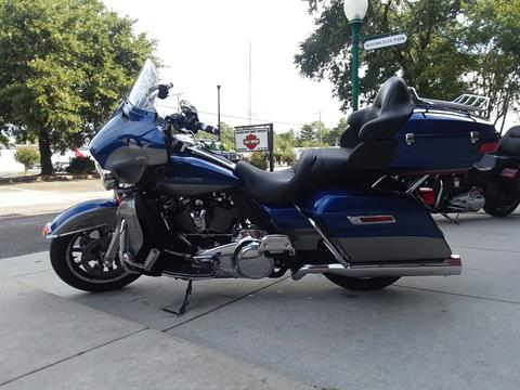 2017 Harley-Davidson Electra Glide® Ultra Limited® in Wilmington, North Carolina - Photo 3