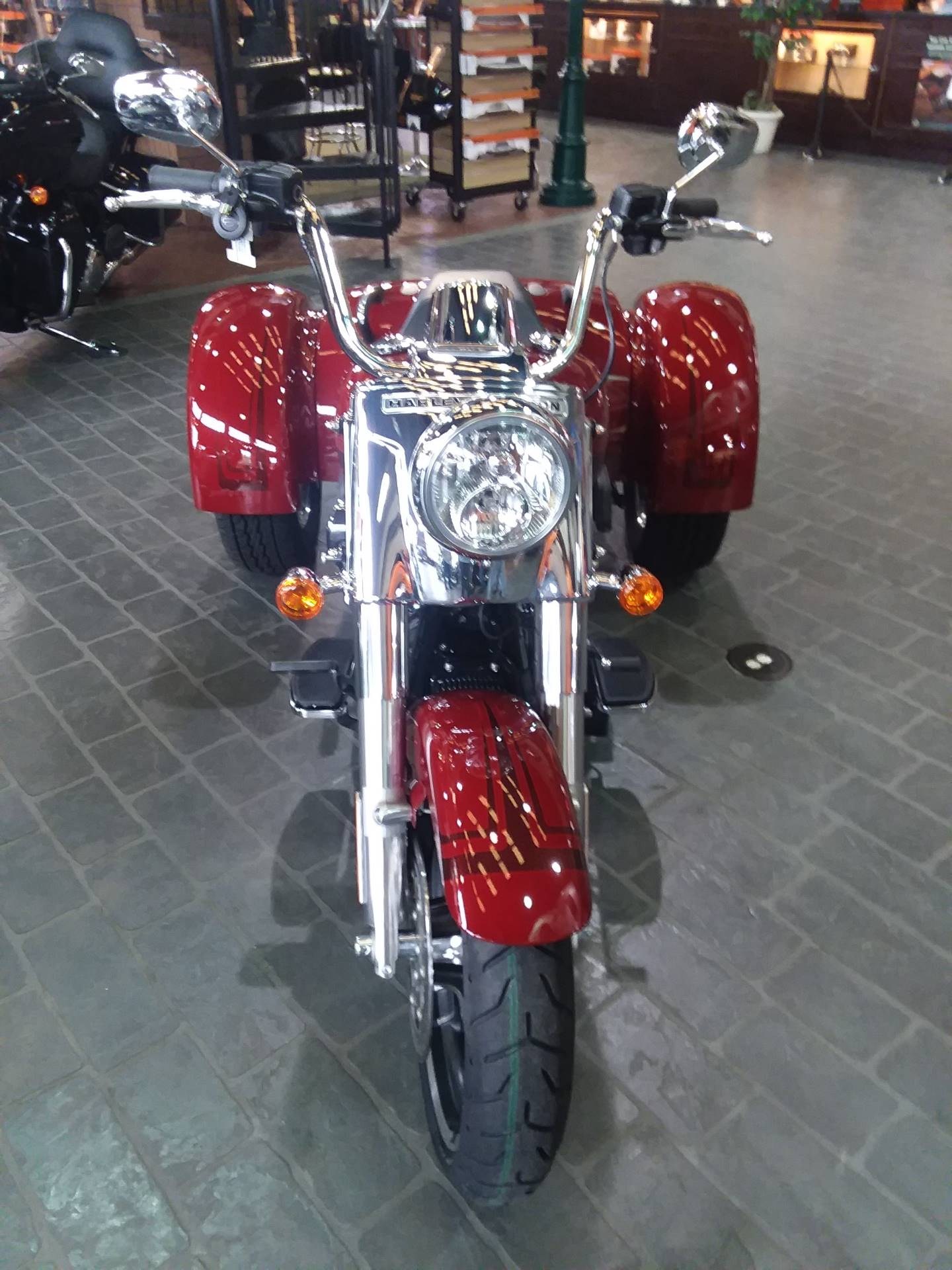 2020 Harley-Davidson Freewheeler® in Wilmington, North Carolina - Photo 2