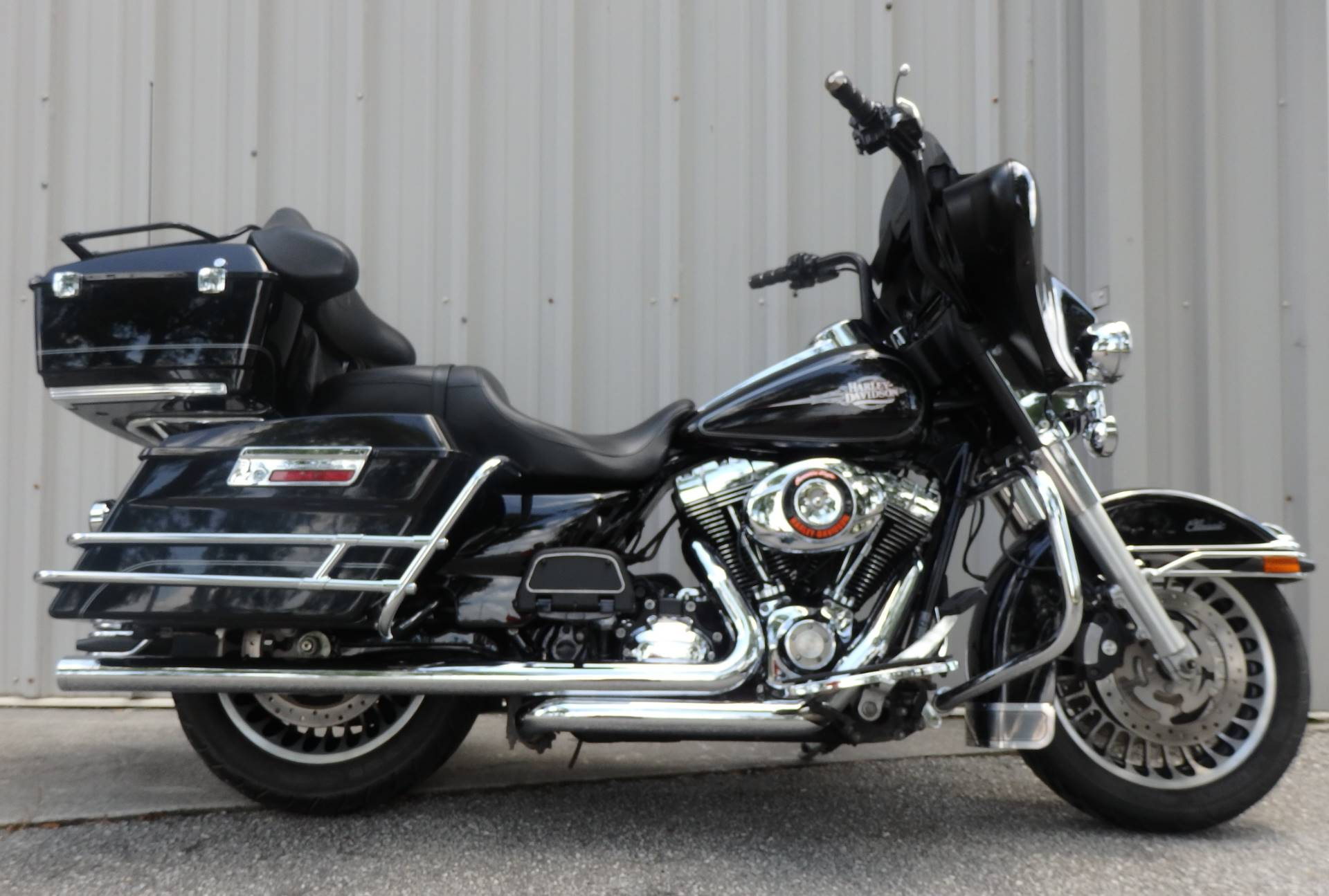 2011 Harley-Davidson Electra Glide® Classic in Wilmington, North Carolina - Photo 1