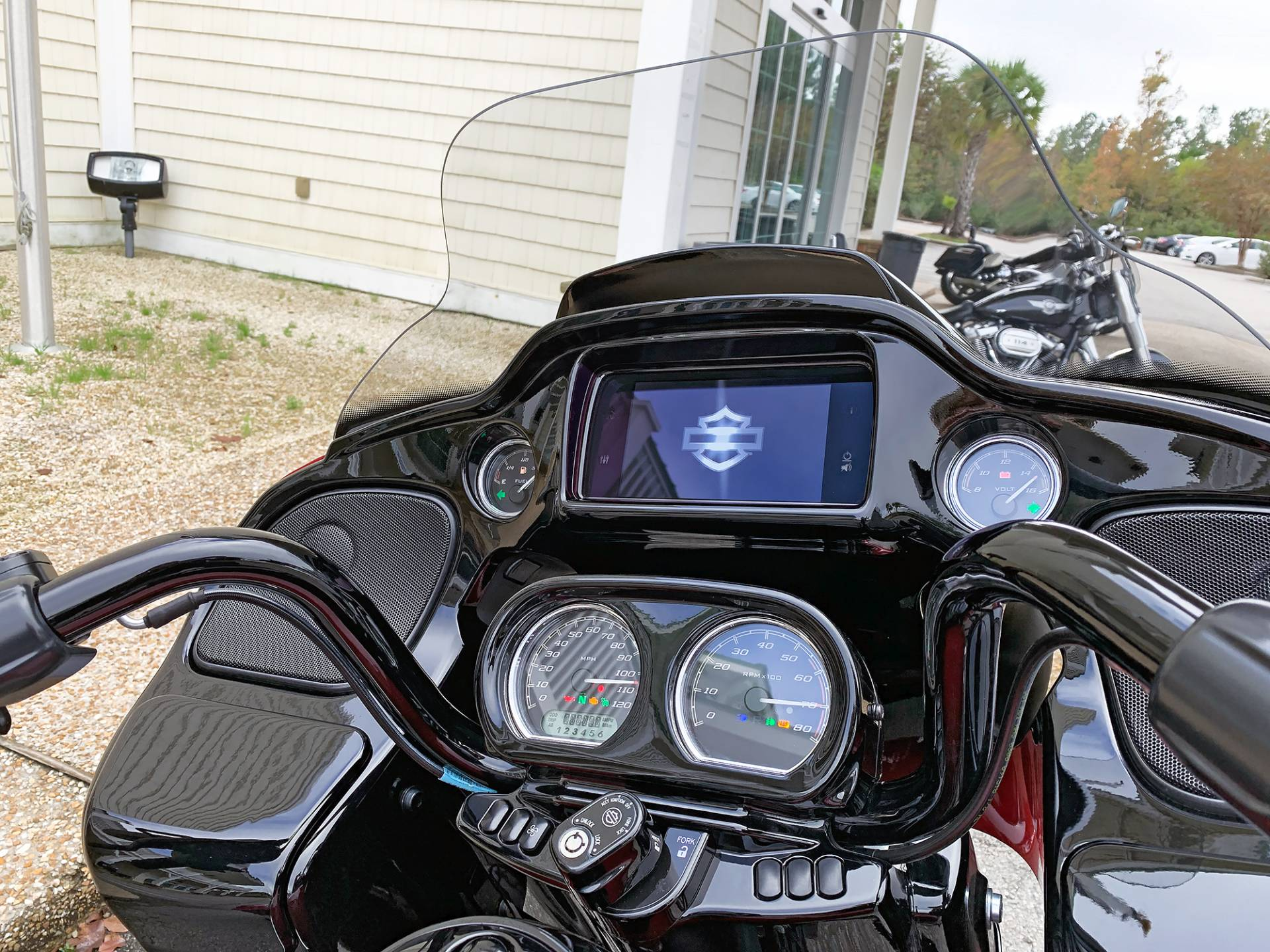 2019 Harley-Davidson Road Glide® Special in Jacksonville, North Carolina - Photo 12