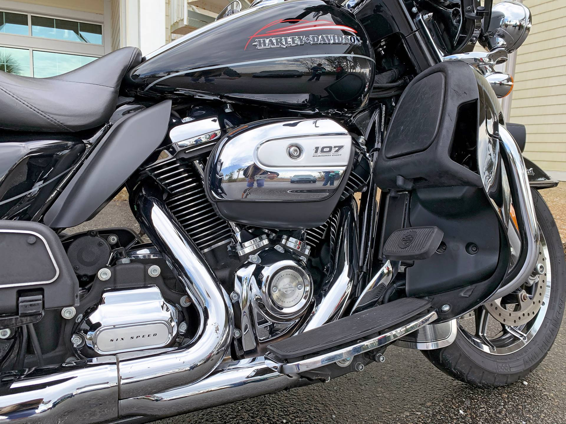 2017 Harley-Davidson Electra Glide® Ultra Limited® in Jacksonville, North Carolina - Photo 8