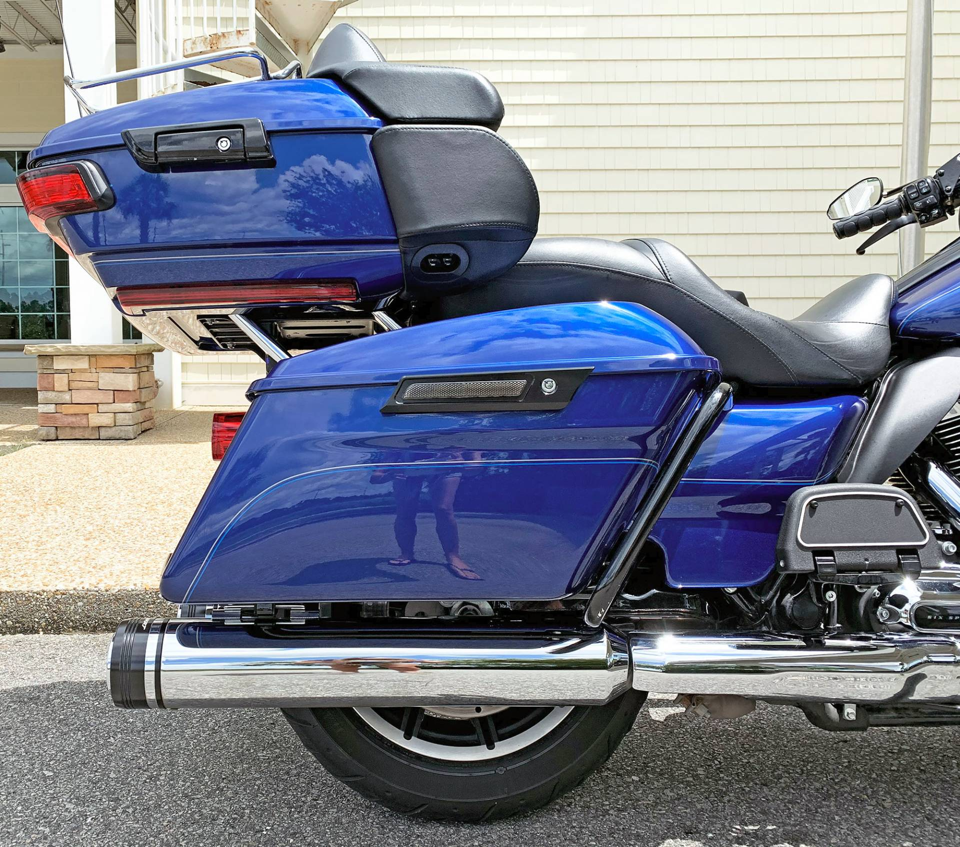 2017 Harley-Davidson Electra Glide® Ultra Classic® in Jacksonville, North Carolina - Photo 7