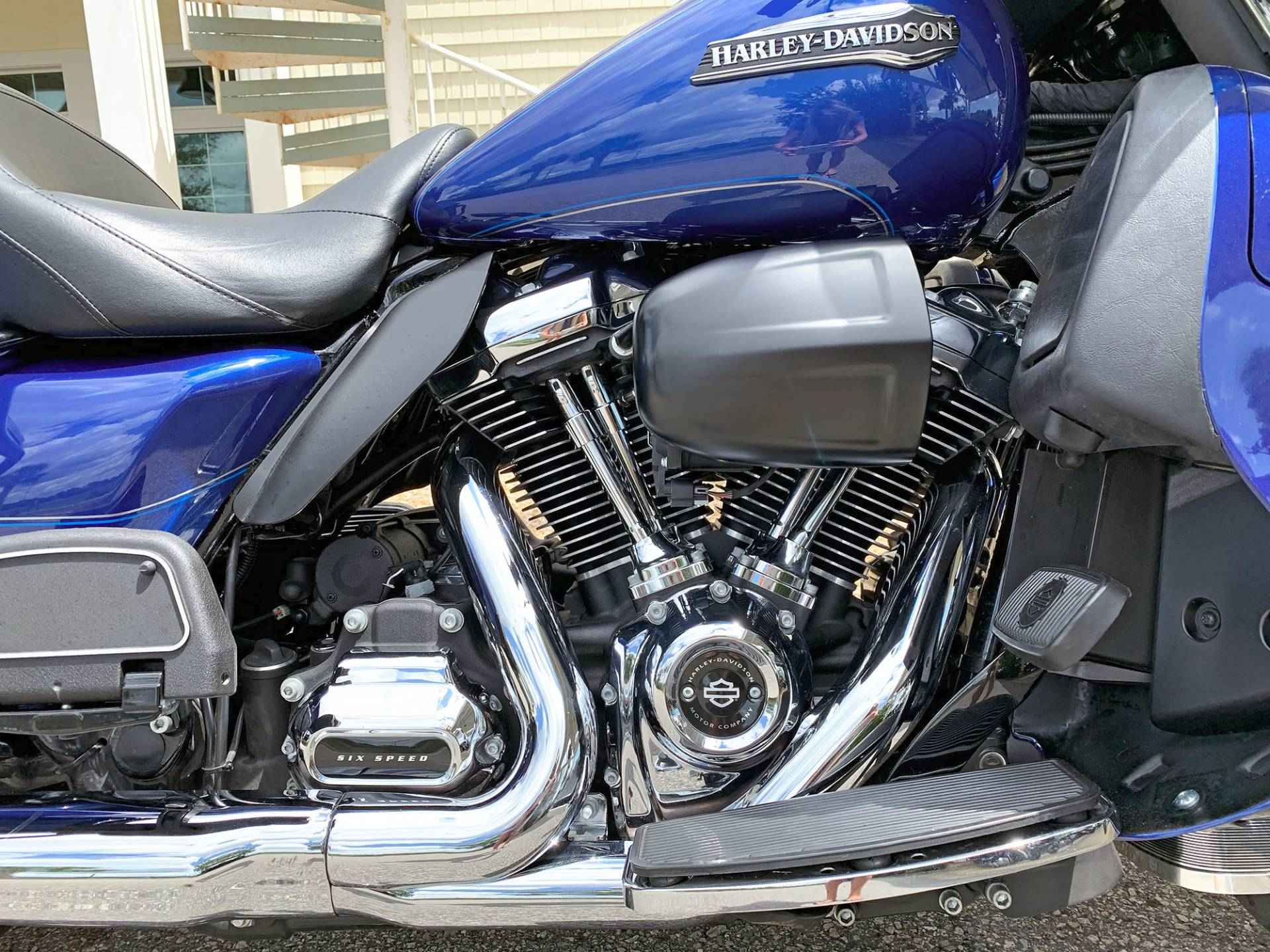 2017 Harley-Davidson Electra Glide® Ultra Classic® in Jacksonville, North Carolina - Photo 10