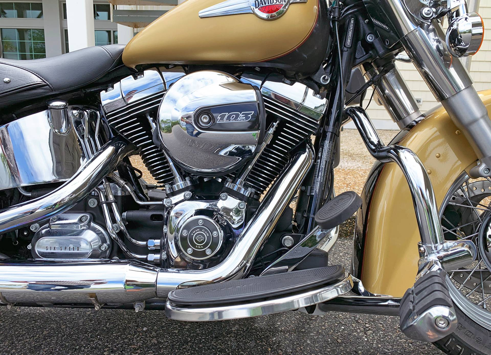 2017 Harley-Davidson Heritage Softail® Classic in Jacksonville, North Carolina - Photo 6