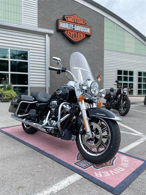 2017 Harley-Davidson Road King® in Jacksonville, North Carolina - Photo 2