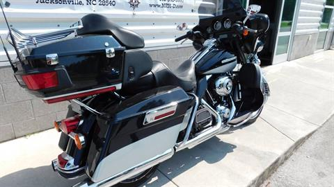 2013 Harley-Davidson Electra Glide® Ultra Limited in Jacksonville, North Carolina - Photo 2