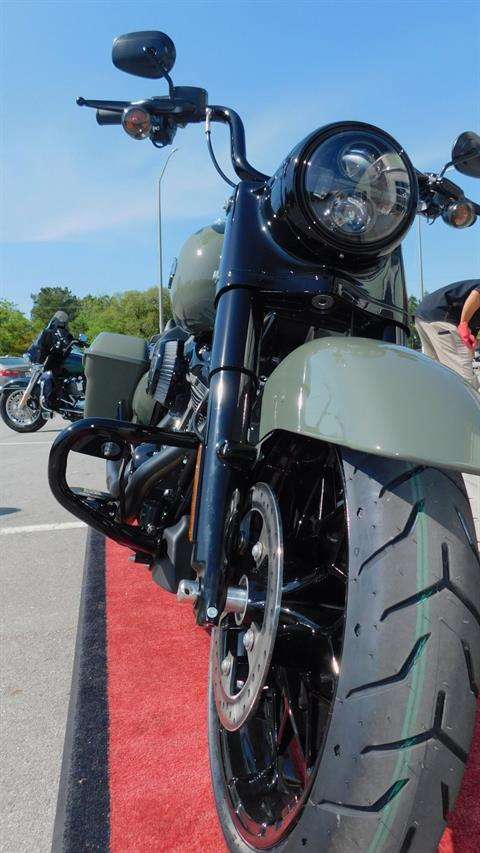 2021 Harley-Davidson Road King® Special in Jacksonville, North Carolina - Photo 2