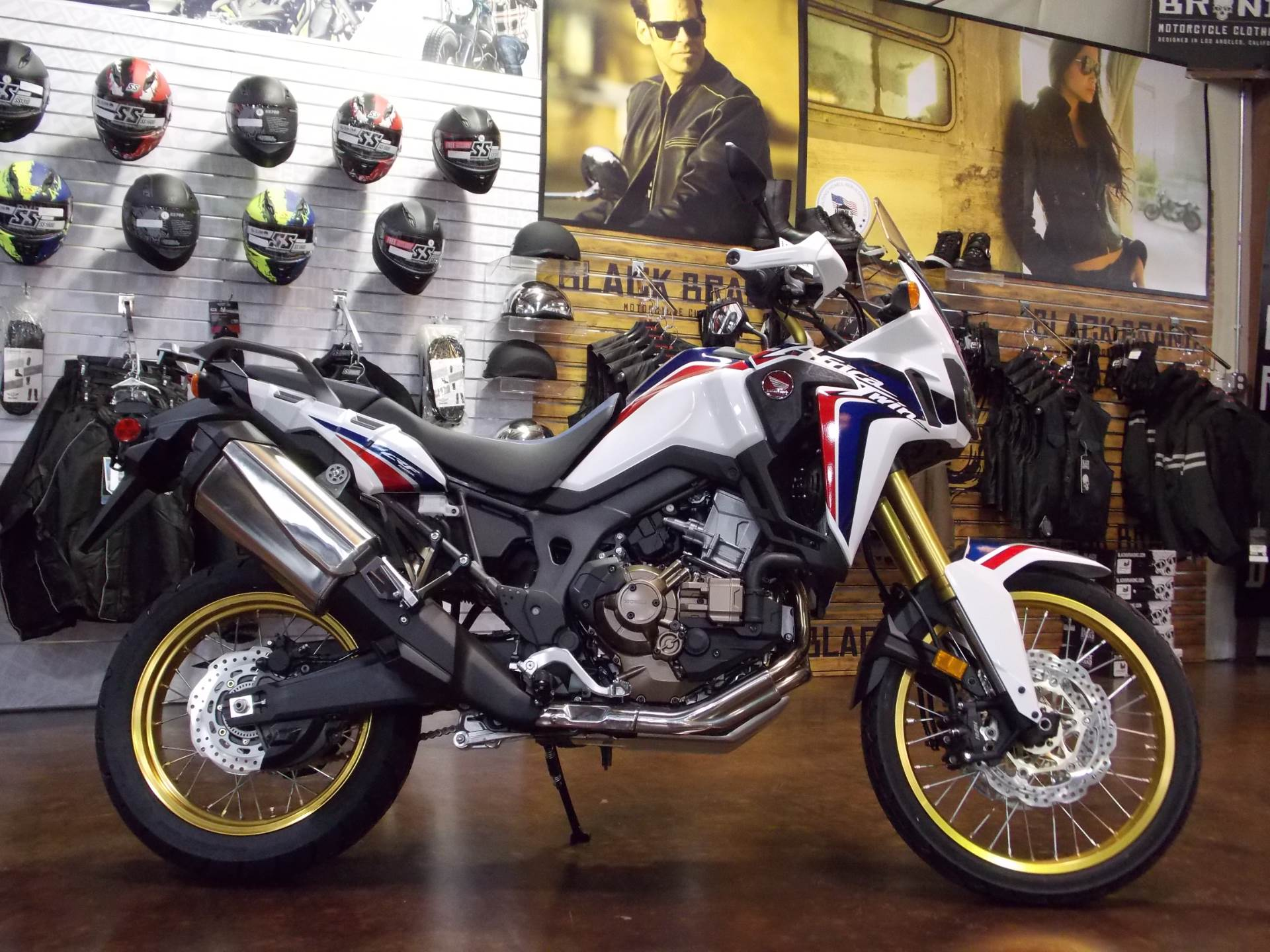 2017 Honda Africa Twin DCT in Statesville, North Carolina - Photo 1