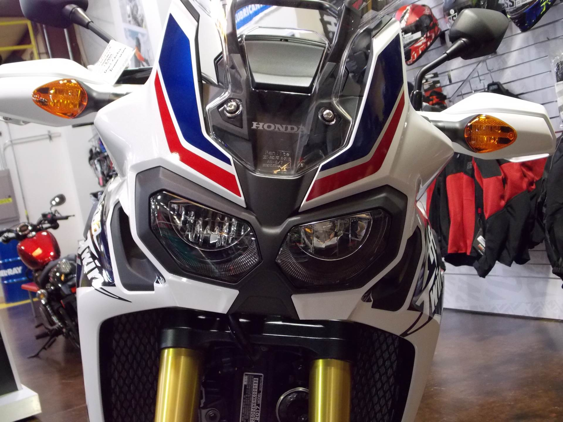 2017 Honda Africa Twin DCT in Statesville, North Carolina - Photo 7