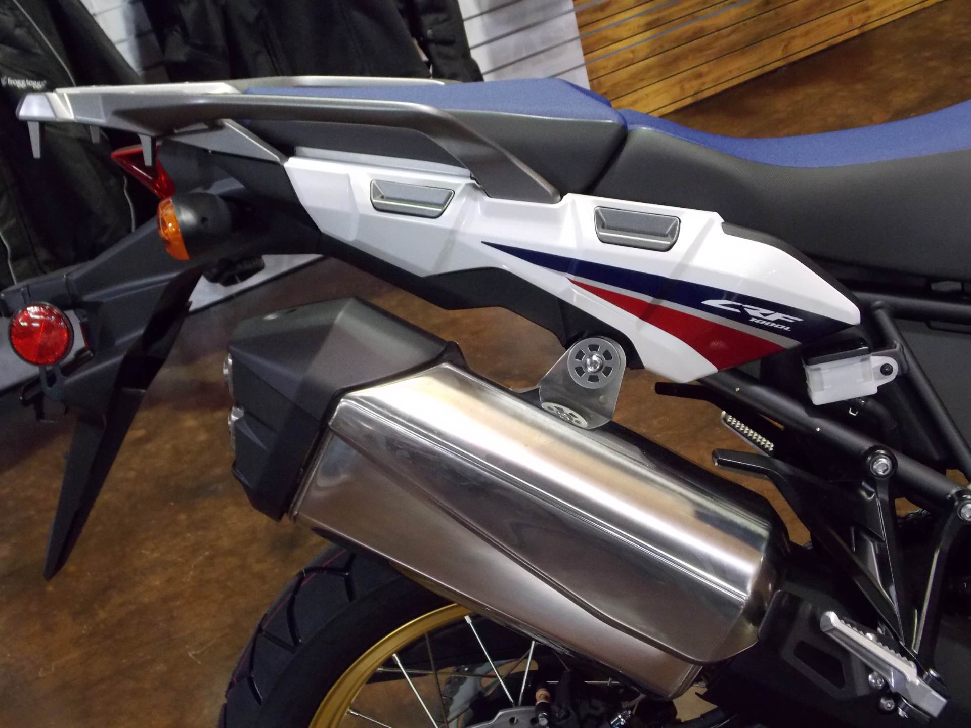 2017 Honda Africa Twin DCT in Statesville, North Carolina - Photo 9