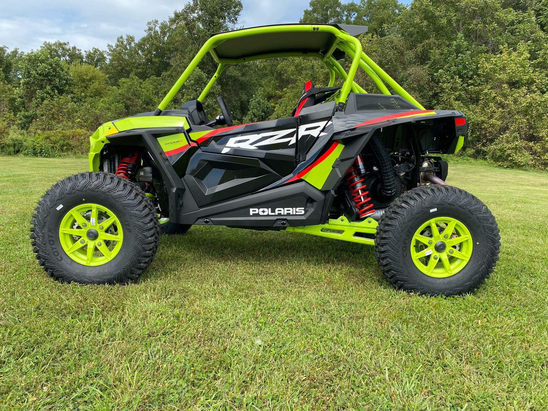 2021 Polaris RZR Turbo S Lifted Lime LE in Statesville, North Carolina - Photo 13
