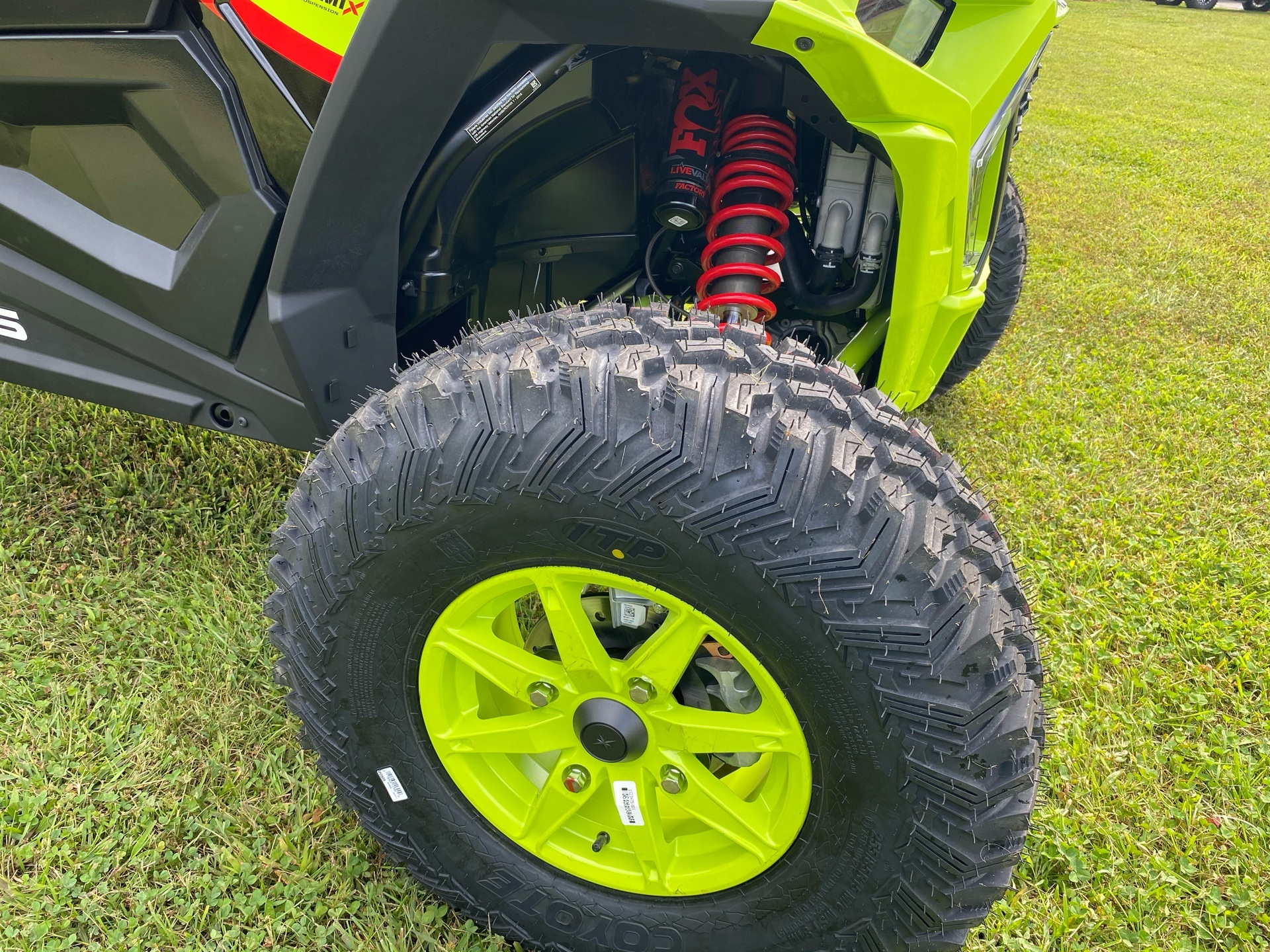 2021 Polaris RZR Turbo S Lifted Lime LE in Statesville, North Carolina - Photo 15
