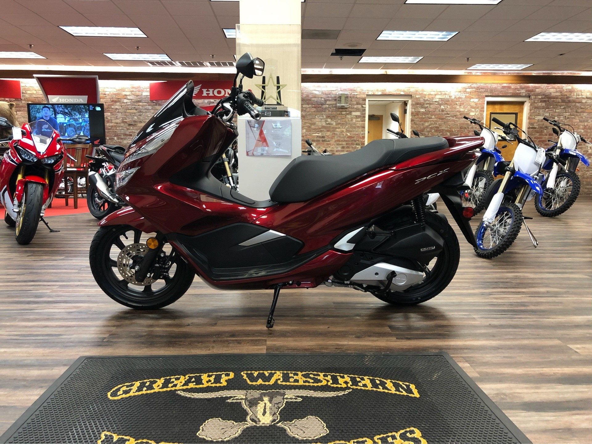2020 Honda PCX150 in Statesville, North Carolina - Photo 1