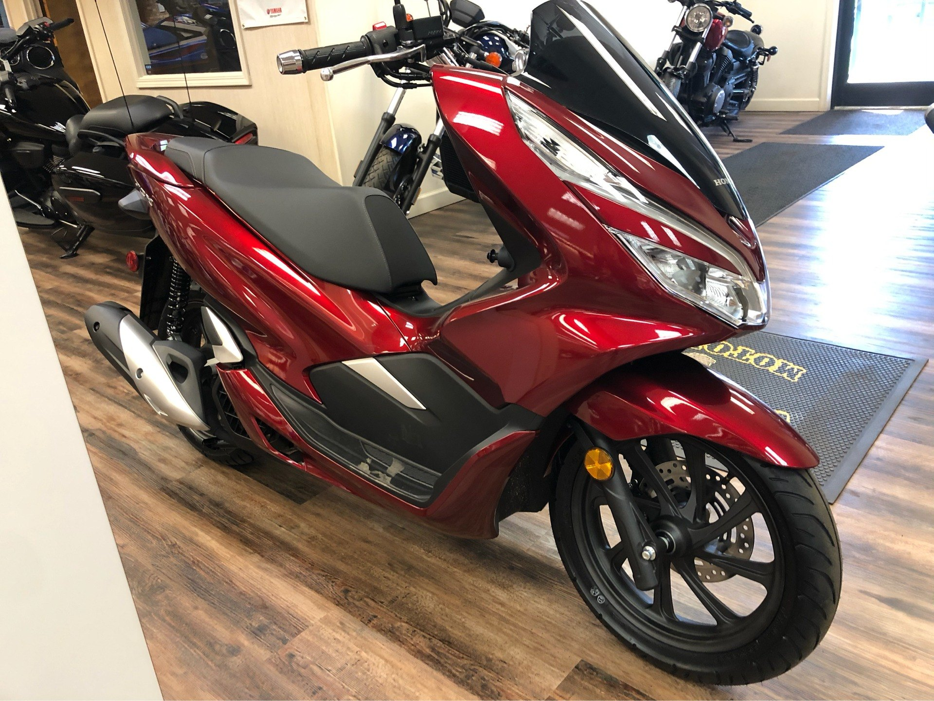 2020 Honda PCX150 in Statesville, North Carolina - Photo 3