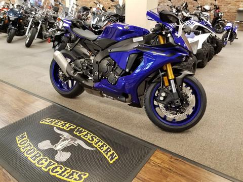 2018 Yamaha YZF-R1 in Statesville, North Carolina - Photo 2