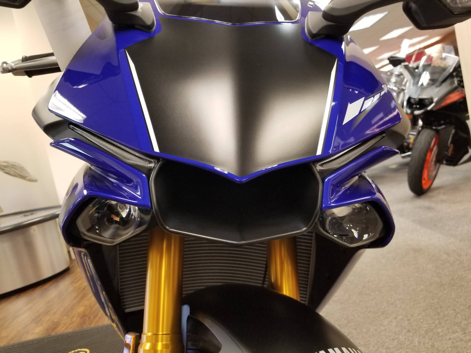 2018 Yamaha YZF-R1 in Statesville, North Carolina - Photo 6