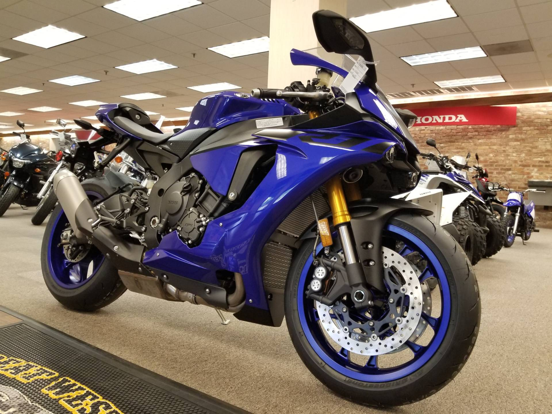 2018 Yamaha YZF-R1 in Statesville, North Carolina - Photo 17