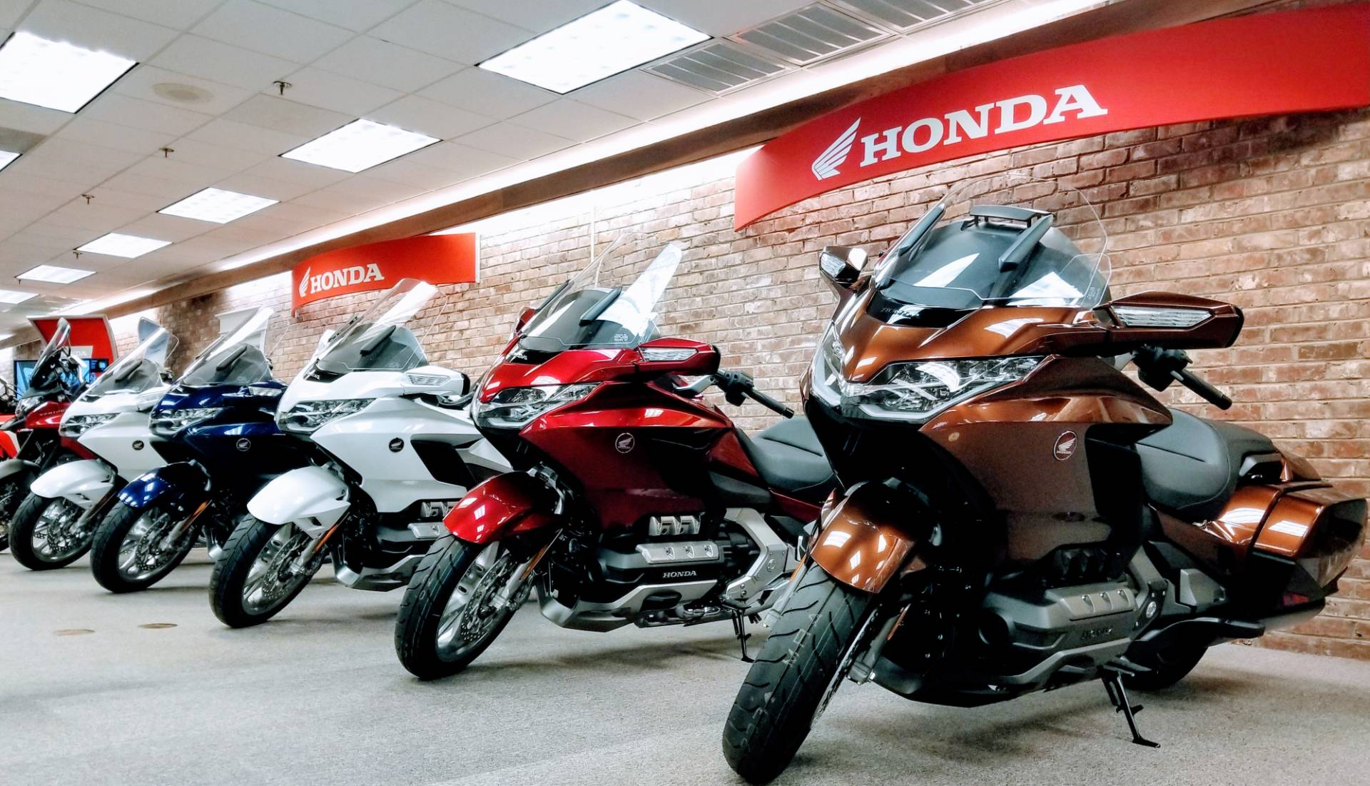 2018 Honda Gold Wing Tour Automatic DCT in Statesville, North Carolina