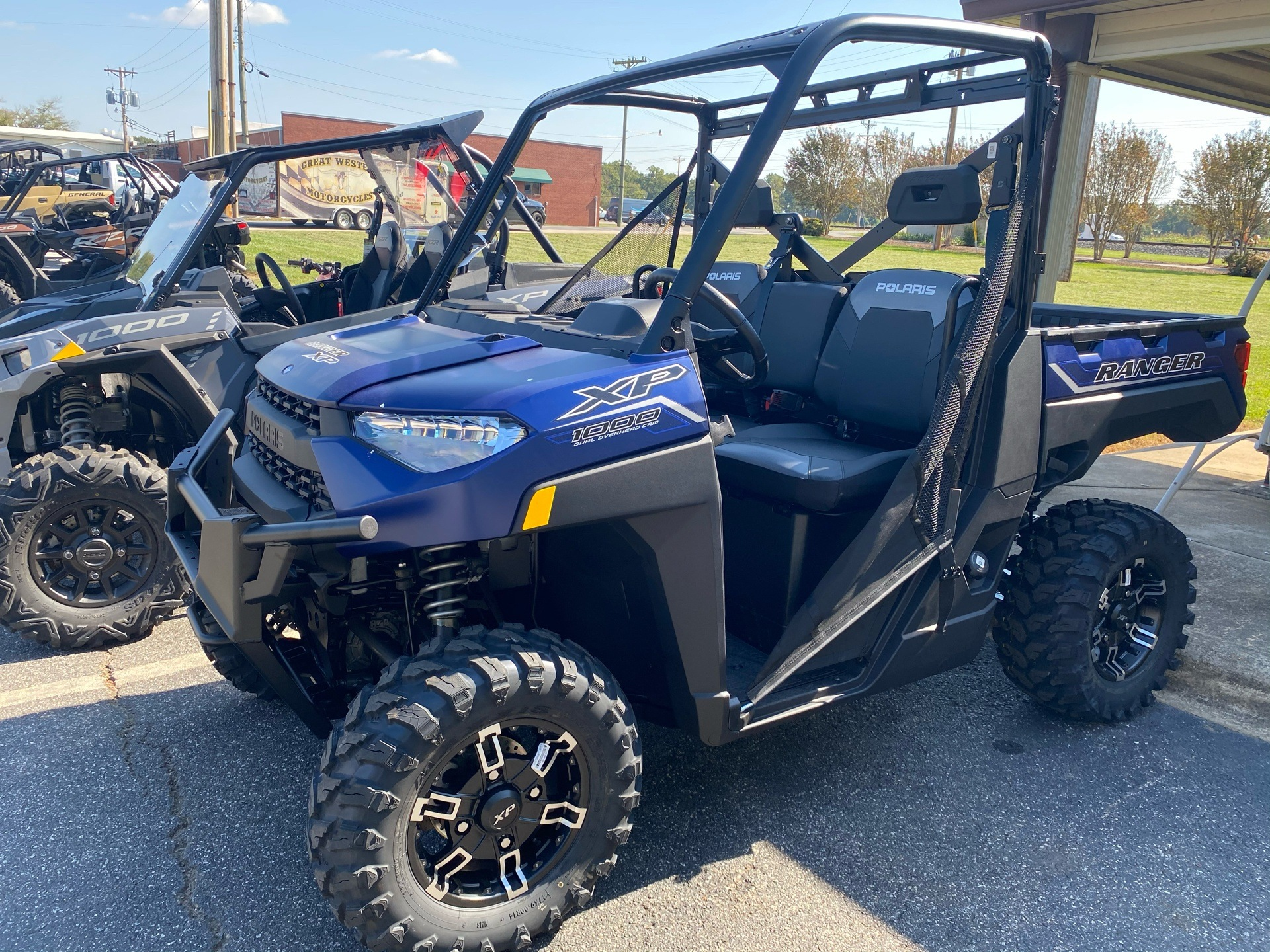 2021 Polaris Ranger XP 1000 Premium in Statesville, North Carolina - Photo 2