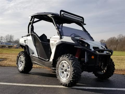 2015 Can-Am Commander™ XT™ 1000 in Statesville, North Carolina