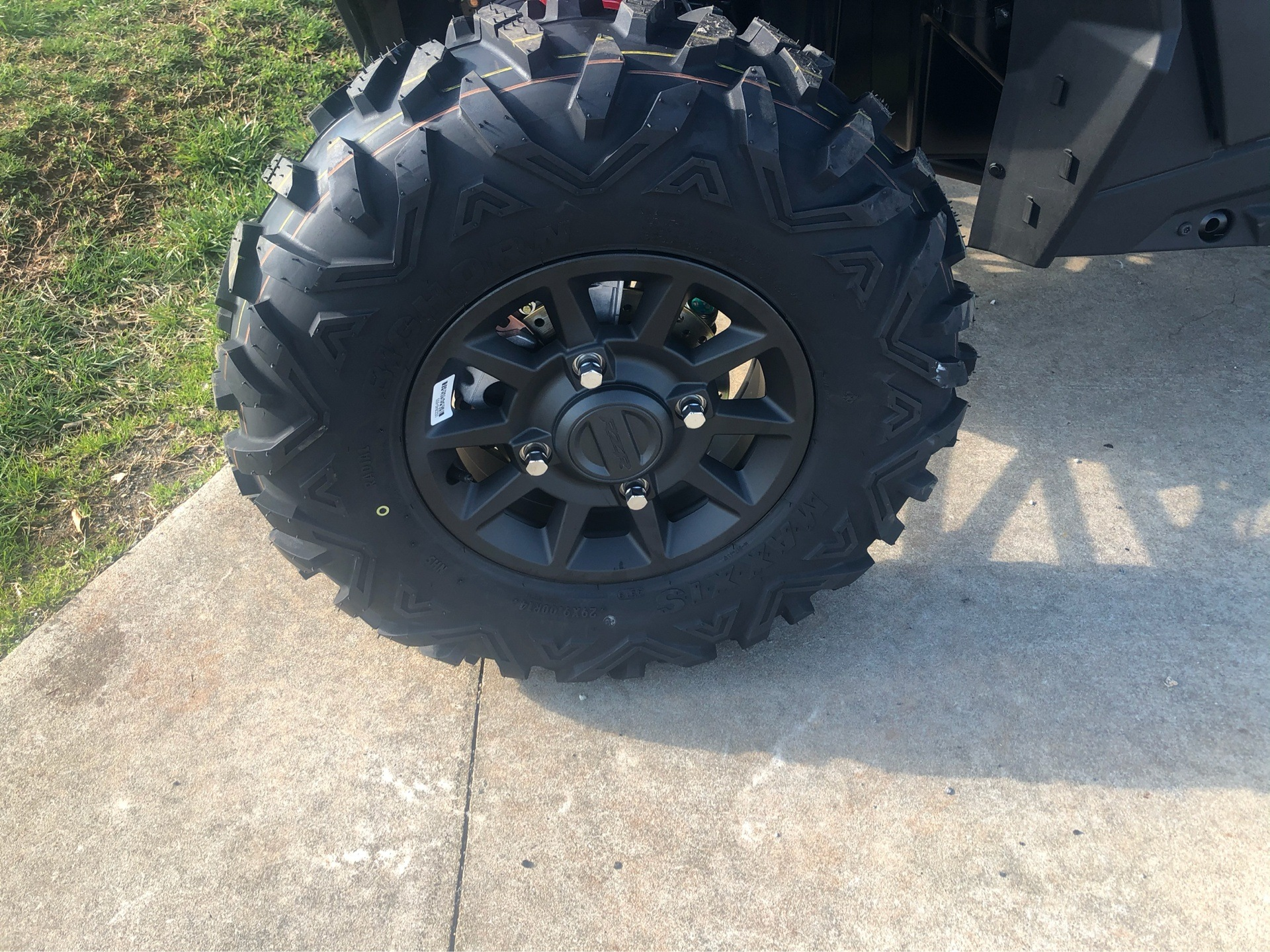 2020 Polaris RZR XP 1000 Premium in Statesville, North Carolina - Photo 3