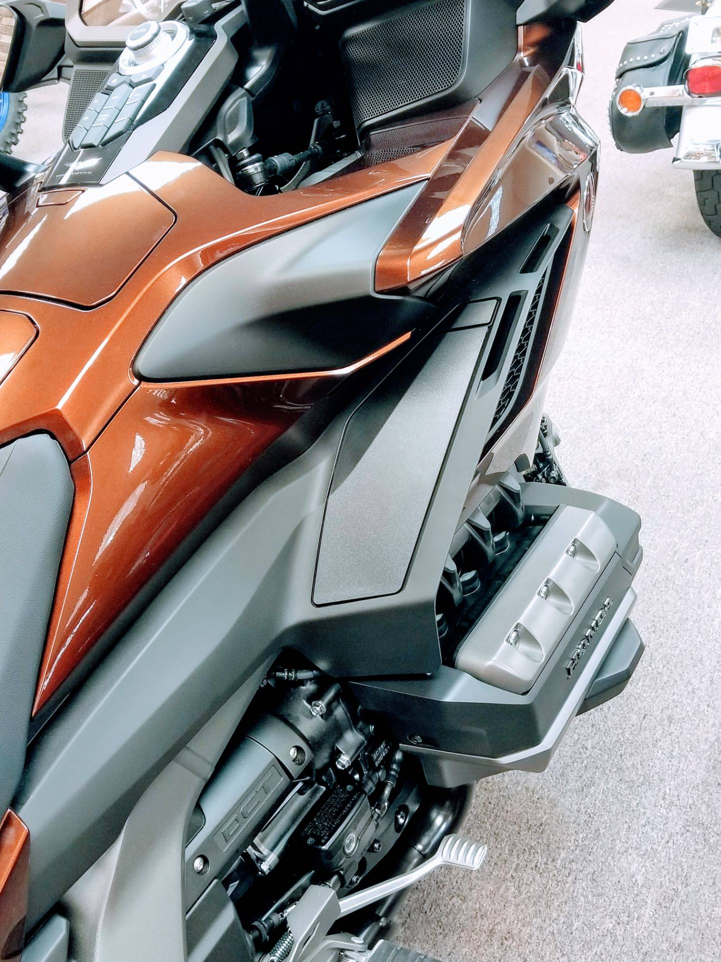 2018 Honda Gold Wing DCT in Statesville, North Carolina - Photo 14