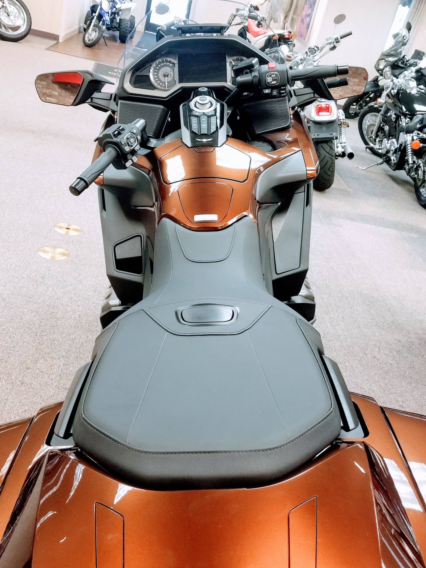 2018 Honda Gold Wing DCT in Statesville, North Carolina - Photo 11