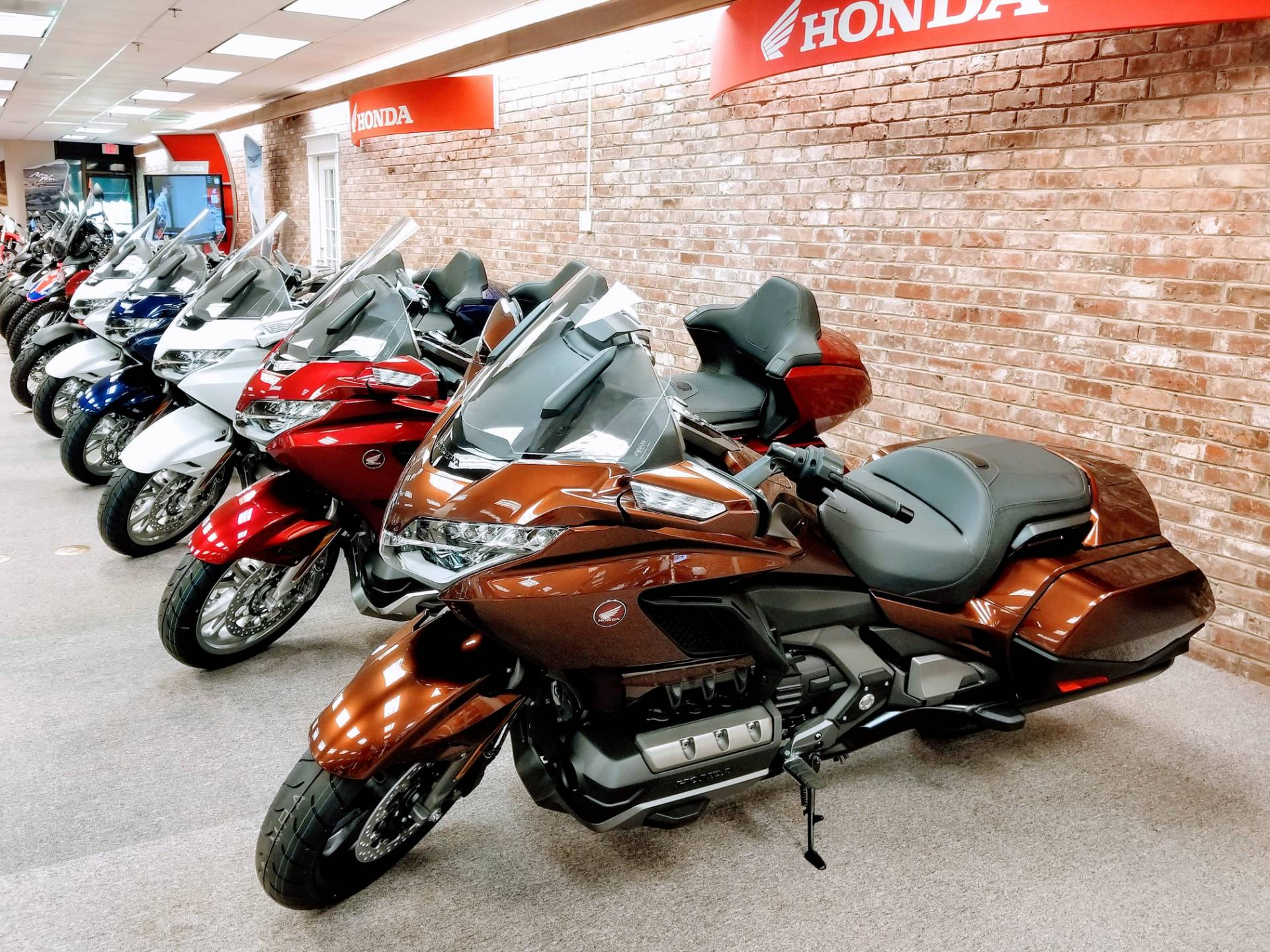 2018 Honda Gold Wing DCT in Statesville, North Carolina - Photo 5