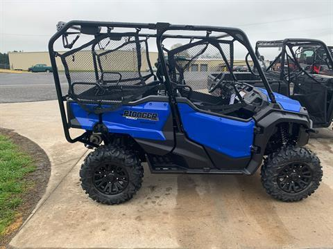 2020 Honda Pioneer 1000-5 Deluxe in Statesville, North Carolina - Photo 2