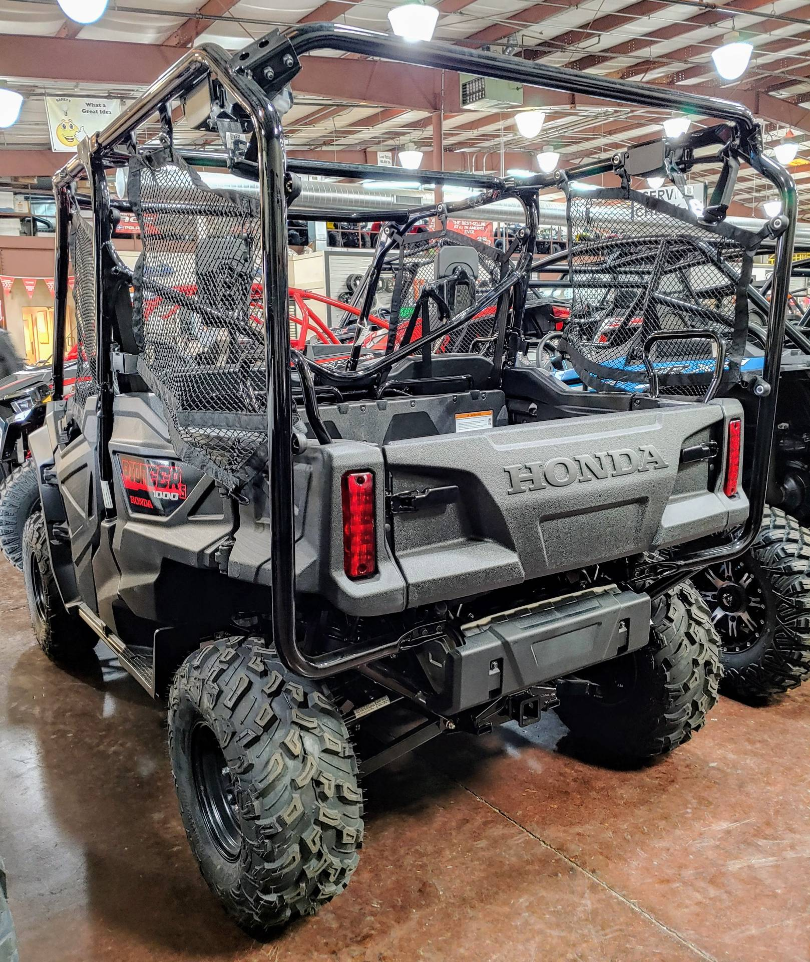 2018 Honda Pioneer 1000 EPS in Statesville, North Carolina