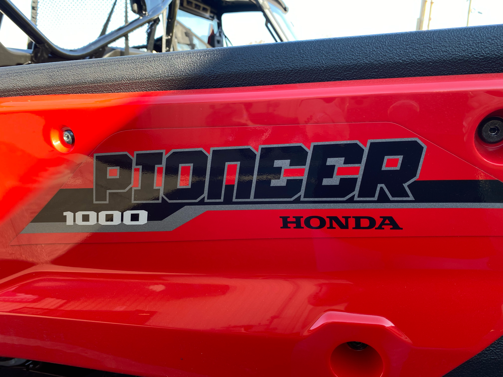 2021 Honda Pioneer 1000 Deluxe in Statesville, North Carolina - Photo 8