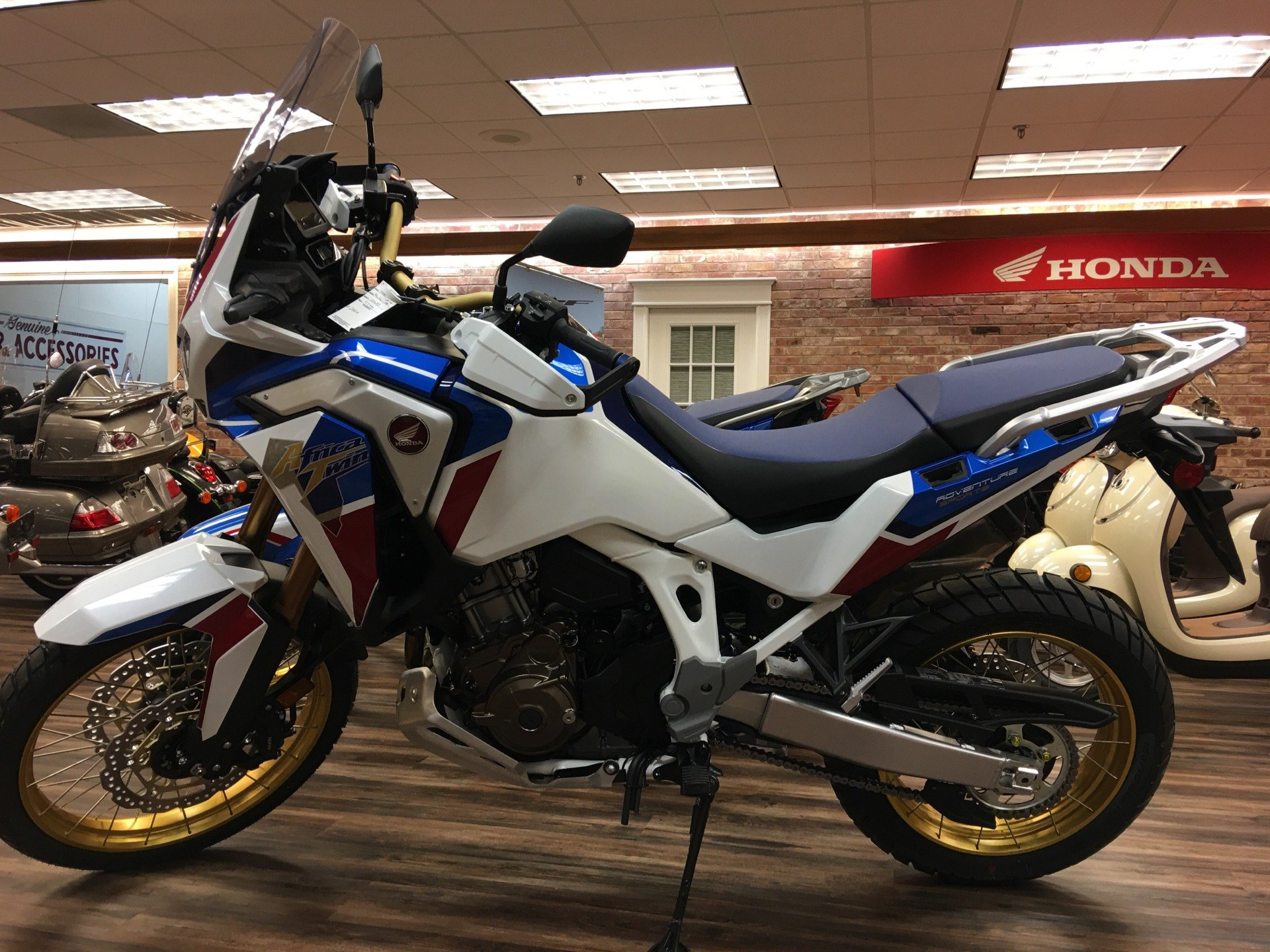 2020 Honda Africa Twin Adventure Sports ES DCT in Statesville, North Carolina - Photo 1
