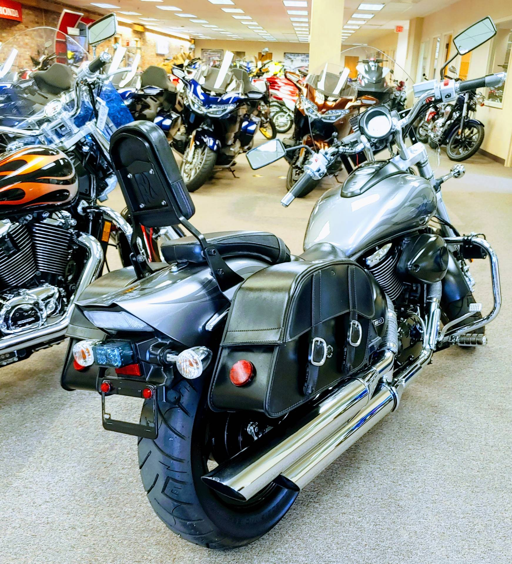 2007 Suzuki Boulevard M50 Limited in Statesville, North Carolina - Photo 6