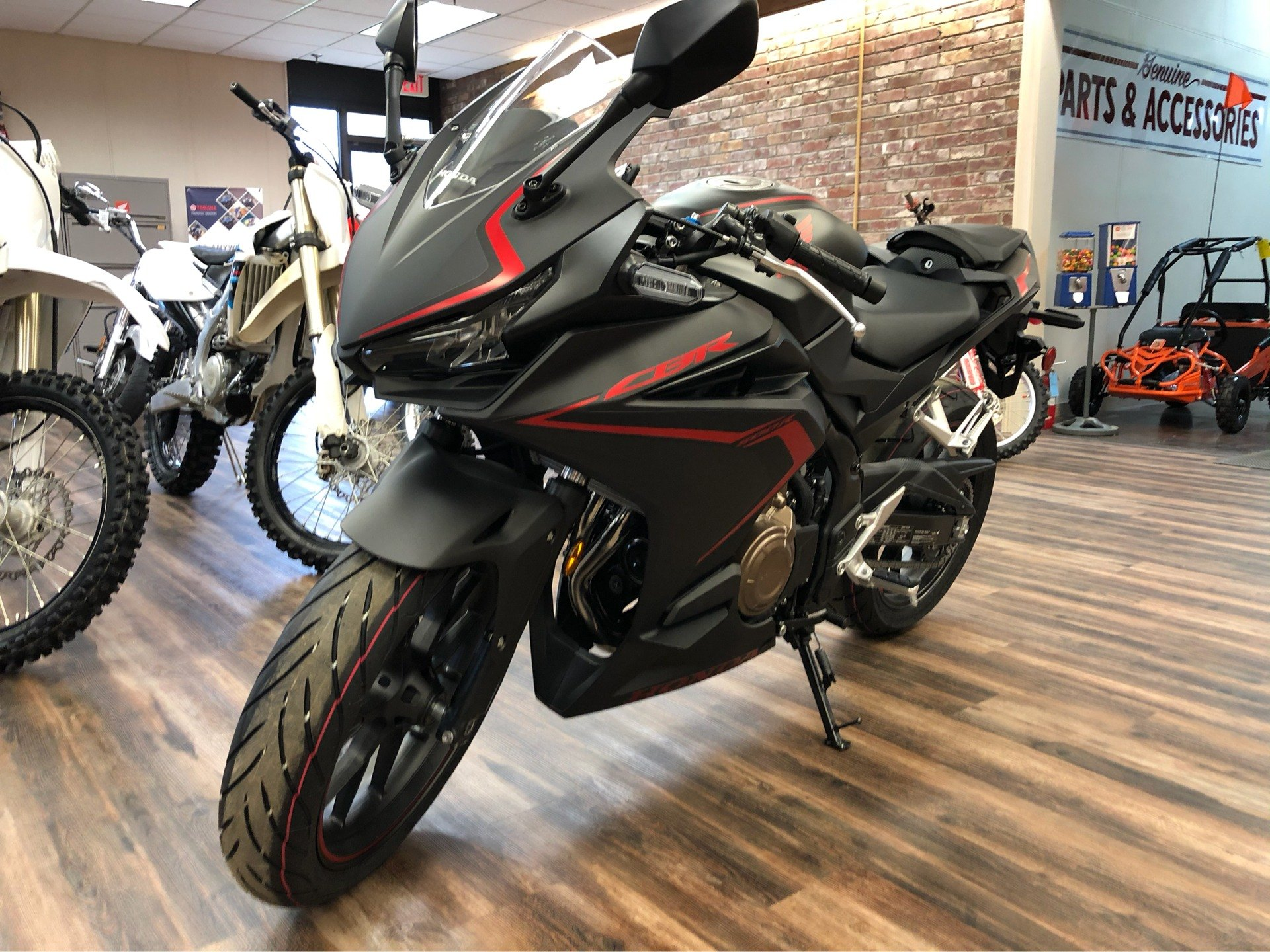2020 Honda CBR500R in Statesville, North Carolina - Photo 2