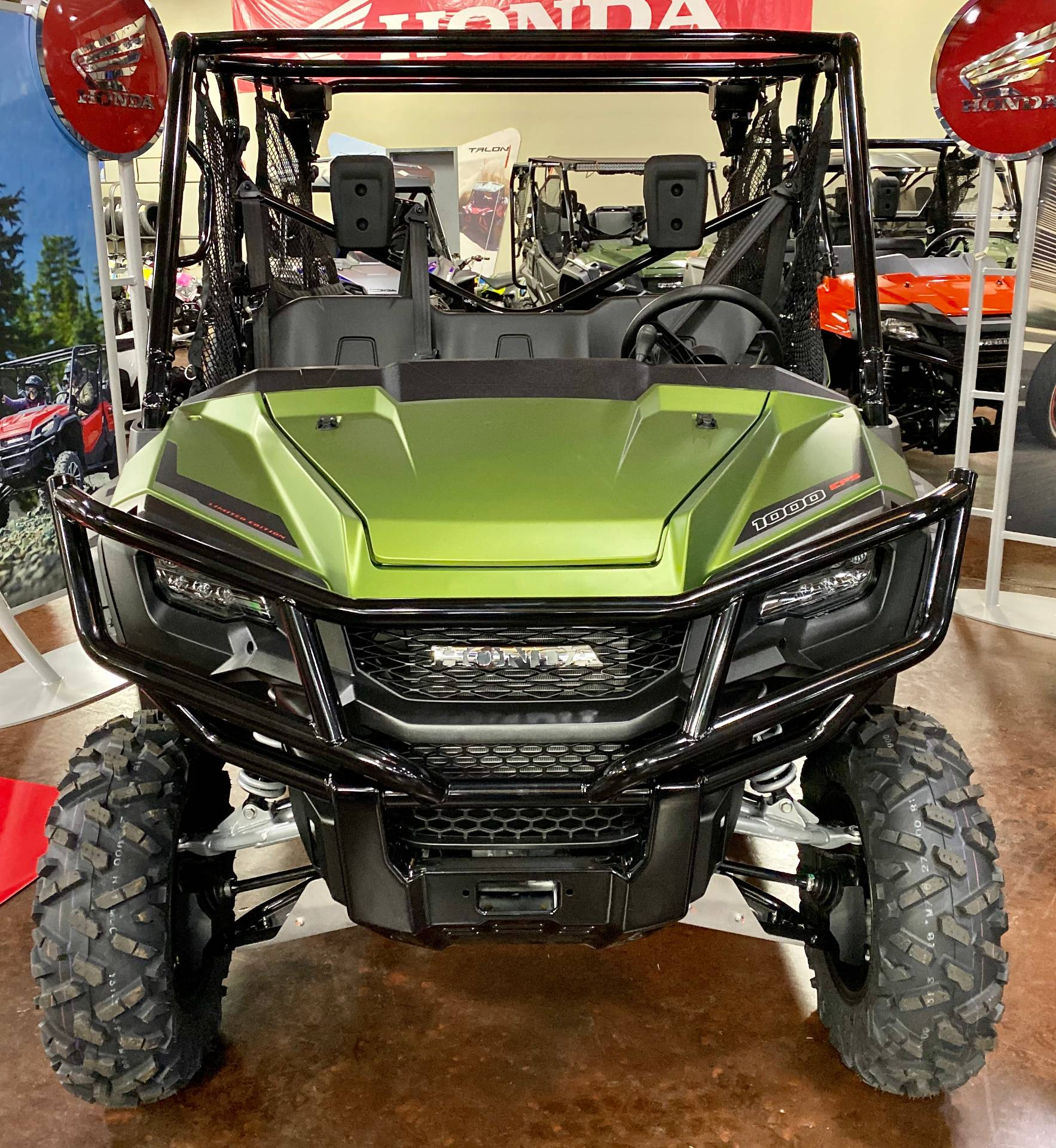 2020 Honda Pioneer 1000-5 LE in Statesville, North Carolina - Photo 2