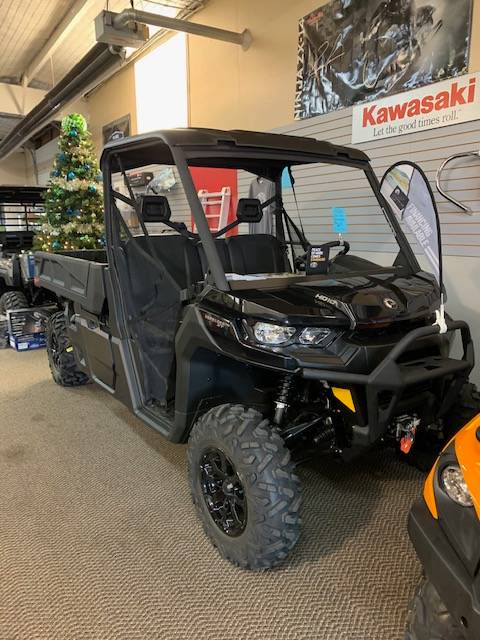 2020 Can-Am Defender Pro XT HD10 in Garden City, Kansas - Photo 2