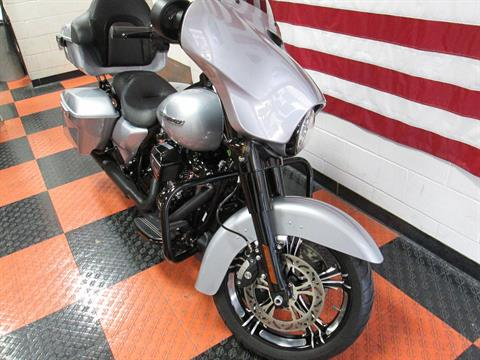 2019 Harley-Davidson Street Glide® Special in Harker Heights, Texas - Photo 2