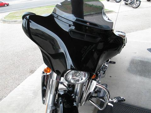 2017 Harley-Davidson Street Glide® in Harker Heights, Texas - Photo 7