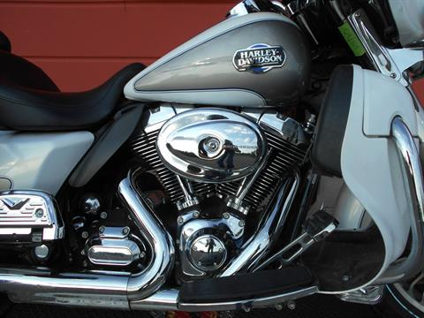 2009 Harley-Davidson Ultra Classic® Electra Glide® in Temple, Texas - Photo 4