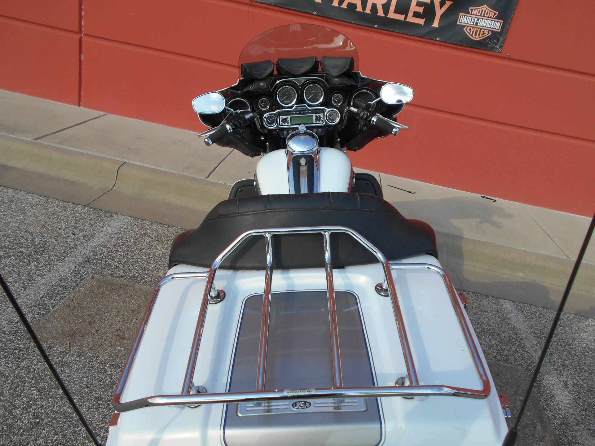 2009 Harley-Davidson Ultra Classic® Electra Glide® in Temple, Texas - Photo 9