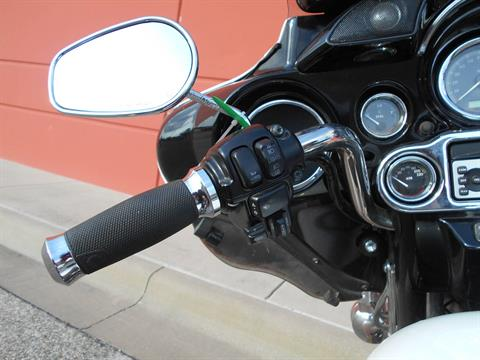 2009 Harley-Davidson Ultra Classic® Electra Glide® in Temple, Texas - Photo 11