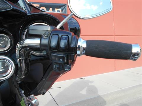 2009 Harley-Davidson Ultra Classic® Electra Glide® in Temple, Texas - Photo 12