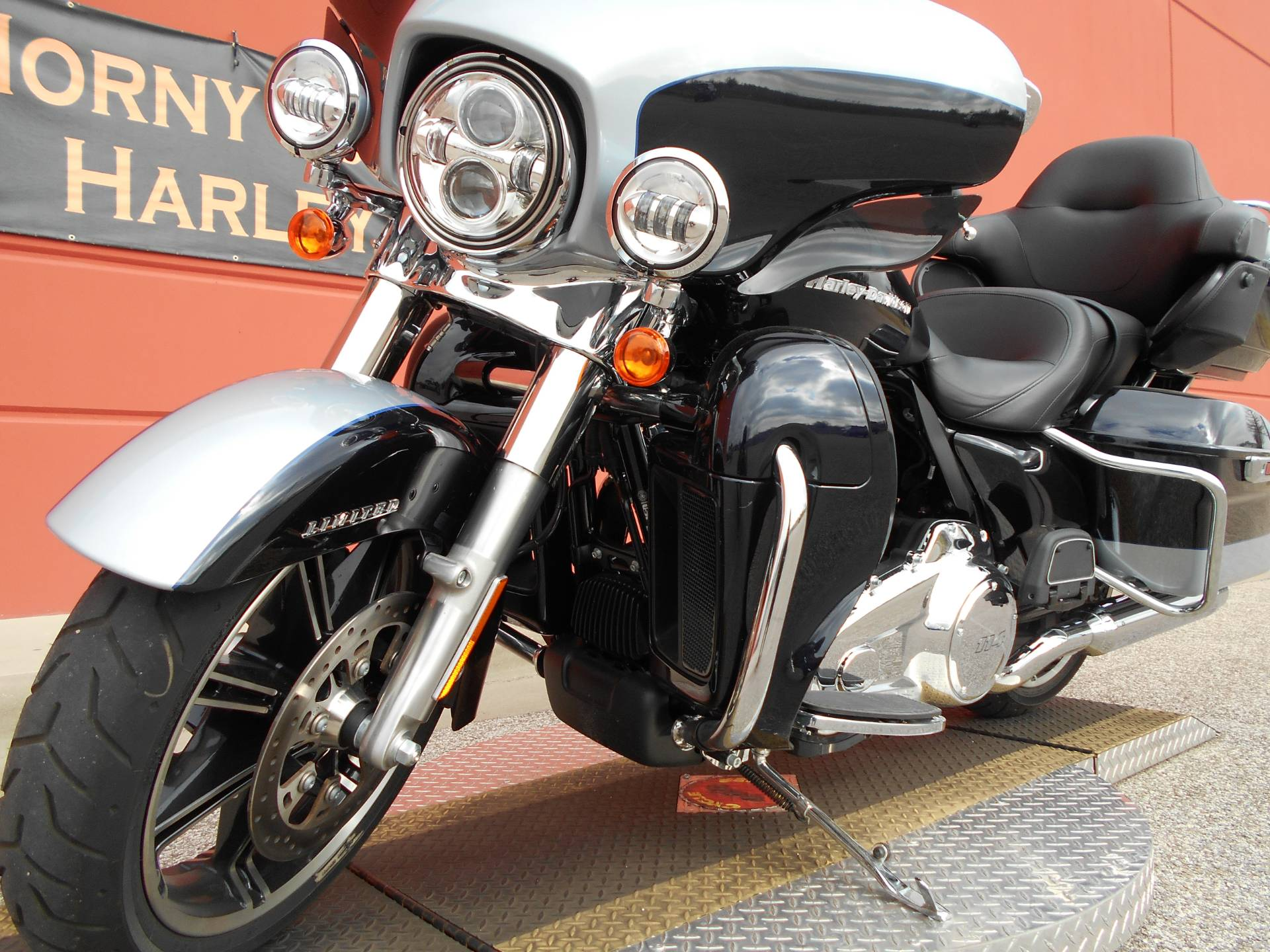 2020 Harley-Davidson Ultra Limited in Temple, Texas - Photo 17