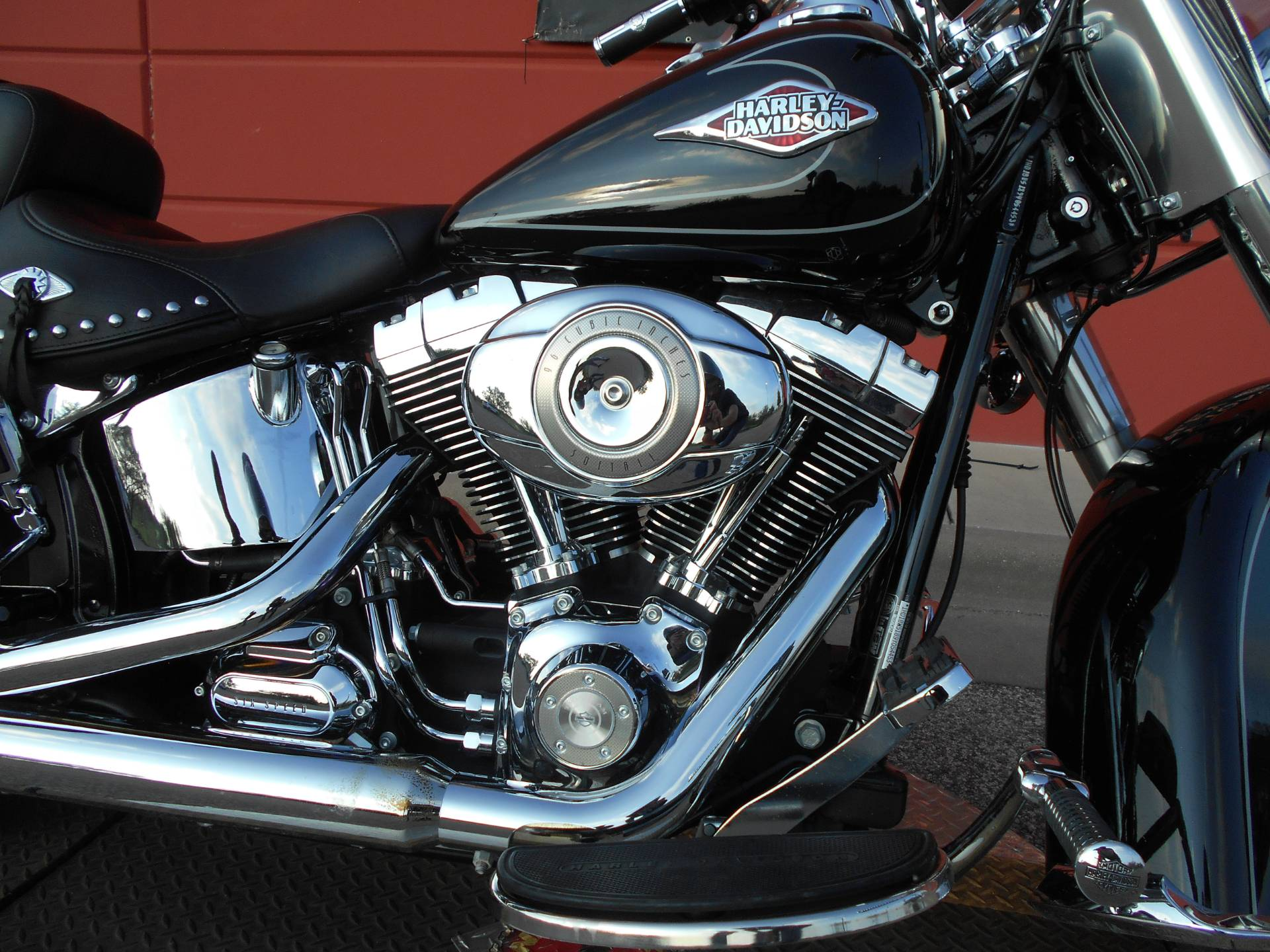 2009 Harley-Davidson FLSTC Heritage Softail® Classic in Temple, Texas - Photo 4