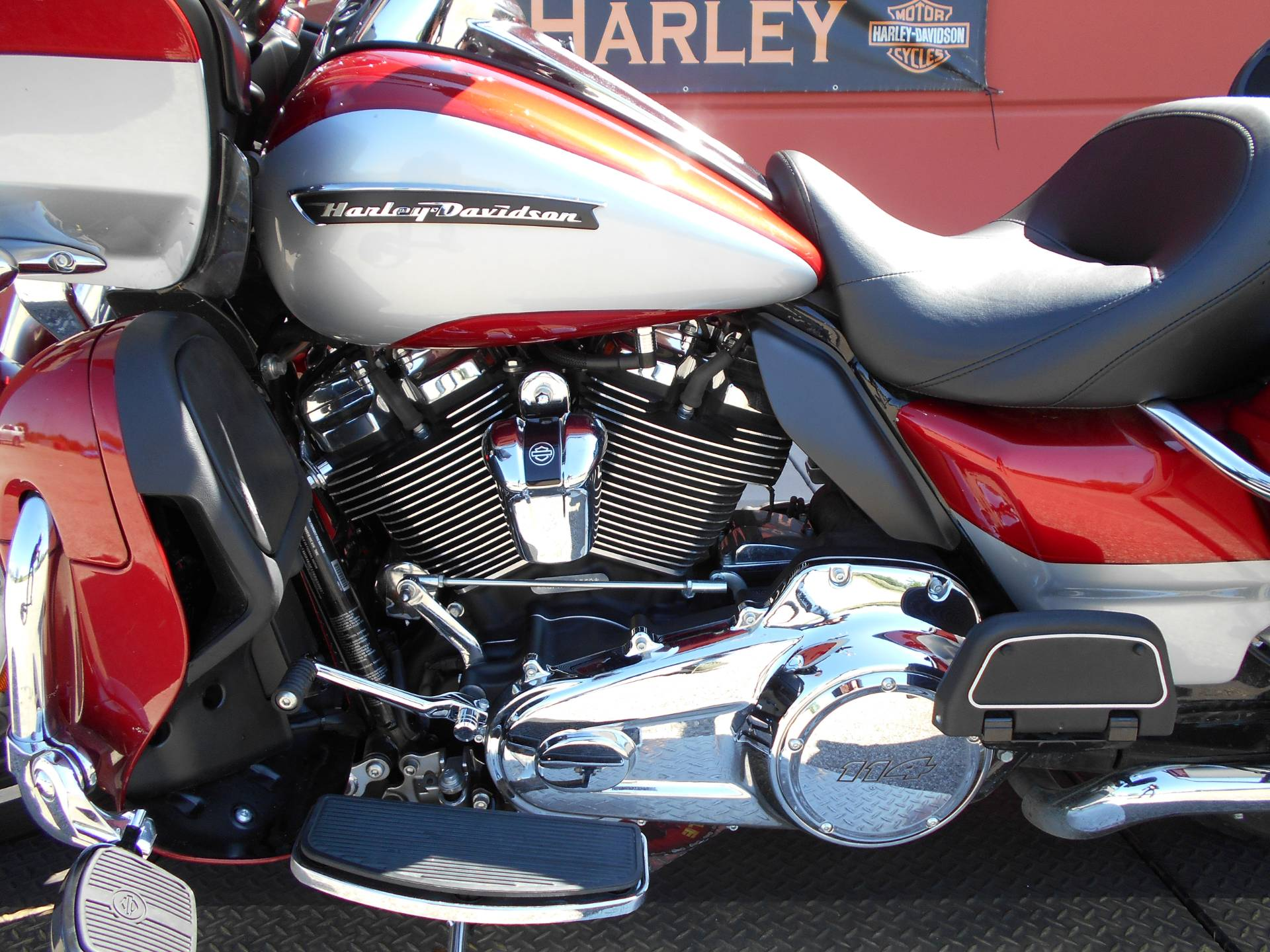 2019 Harley-Davidson Road Glide® Ultra in Temple, Texas - Photo 22